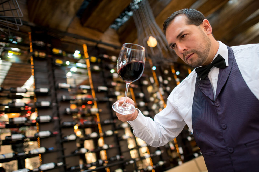 sommelier-hospitality-job-Platinum Recruitment
